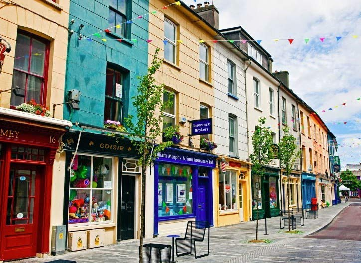A photograph of a charming little shopping street in Clonakilty.